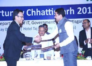 MoU by Anwar Shirpurwala EDMAIT and Saurabh Kumar CEO CHiPS Chhattisgarh