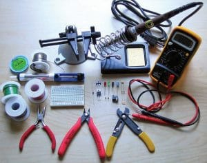 Electronic soldering hand tools