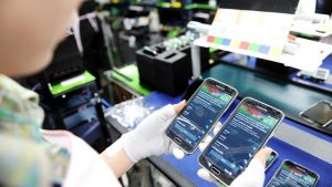Samsung, smartphone, manufacturing, new production, Noida, India