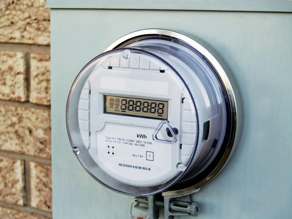 The benefits and challenges of using smart energy meters
